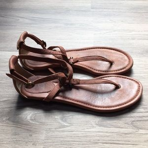 Frye Shoes - Frye Madison Strappy sandals, brown leather, sz 9